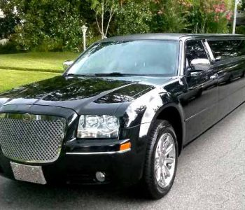 Chrysler 300 limo Harlem Heights